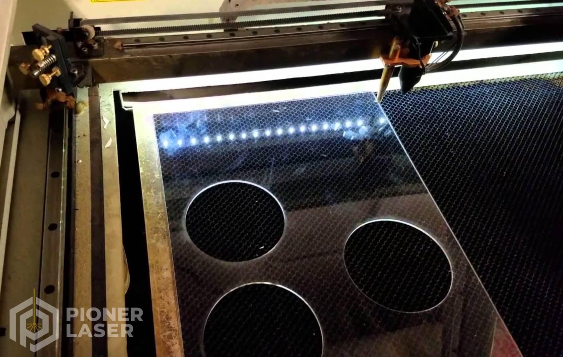 Jasa Cutting Laser Acrylic Bogor