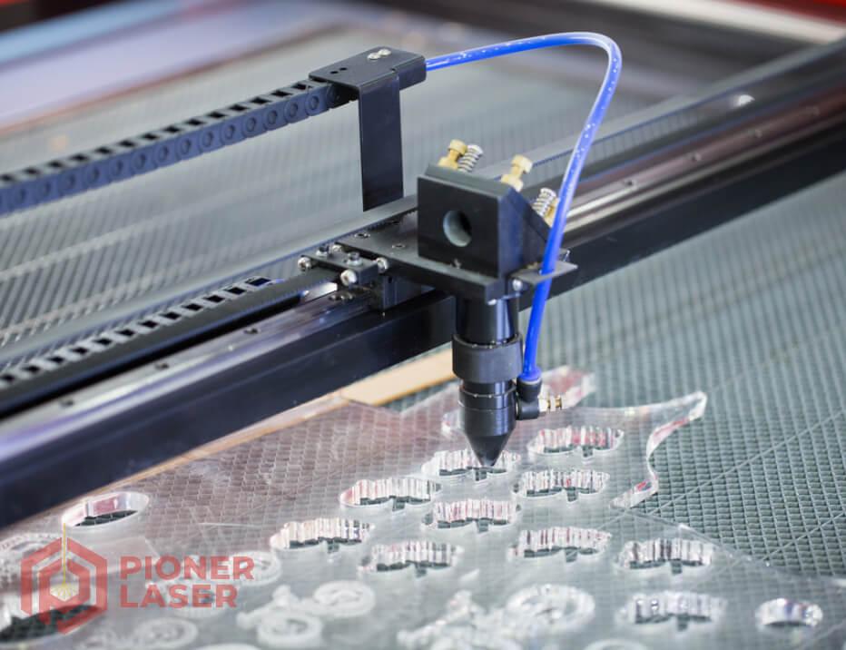 Jasa Cutting Laser Acrylic Depok