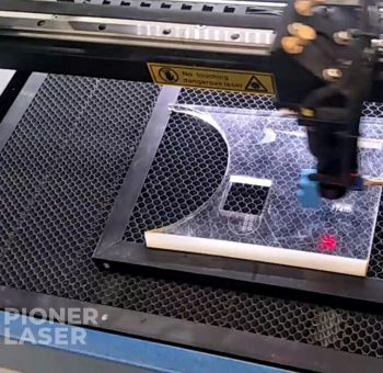 Jasa Cutting Laser Akrilik Jakarta